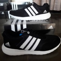 Sepatu Jumbo Adidas Neo V Racer Hitam Putih Sport Jogging Big Size