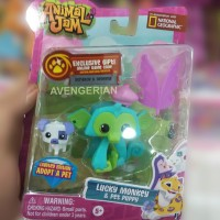Animal Jam - Lucky Monkey and Pet Puppy