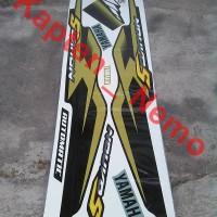 Striping Yamaha Nouvo Z / Nouvo S Hitam List Gold
