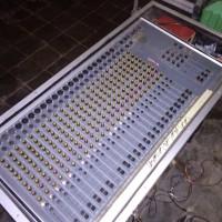 mixer audio 24 channel rakitan  jowo tulen + hardcase