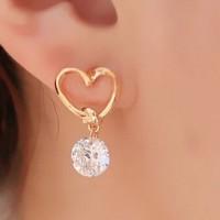 Anting Korea Love Kristal Stud Earring Beauty