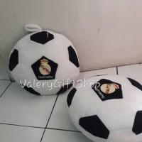 Bantal Boneka Cowok Bola Sepak Real Madrid