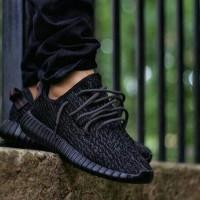 adidas yeezy full black/sepatu sekolah/sepatu wanita/sepatu full black