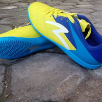 Sepatu Futsal SPECS Barricada Gurkha In