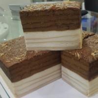 Kue Lapis Putih Telur Mocca+Keju