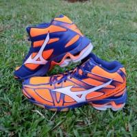 Sepatu Voli Mizuno Wave Bolt 6 Mid Volly