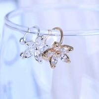 Anting Kristal Flower Clip Earring