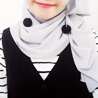 Anting Pompom Extra Small Hijab Diameter 2.5cm Rantai Silver Gold Pom