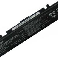 ORIGINAL Batre Baterai Laptop Samsung Np300 R580 R428 Rv510 Rv410