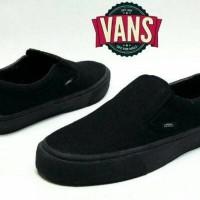 Sepatu vans slip on slop full black