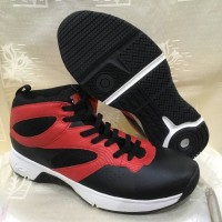 sepatu basket piero commander warna hitam merah ORIGINAL