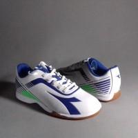 Sepatu Futsal DIADORA 7 Fifty ID Original 100% White Bl Berkualitas