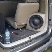 Box sudut Audio Innova