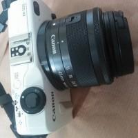 canon eos m2 plus lensa 14-45mm