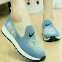 Sepatu Kets Jeans Nike Biru Muda