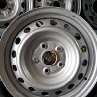 Velg Toyota Hilux 15 merek. Avantech Silver Metallic
