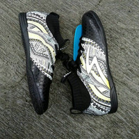 Sepatu Futsal Specs Heritage IN Black White Gold Original Promo