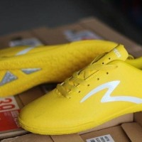 Sepatu Futsal Specs Barricada Guardian IN Fresh Yellow Original Promo