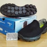 SNEAKERS Casual / Olahraga  SKECHERS Go Walk 3 (Black)