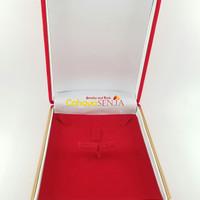 Tempat Aksesoris / Kotak Perhiasan emas Anting dan Kalung Beludru - Merah