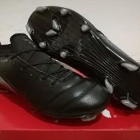 Sepatu Bola Soccer Puma One 17 1 Black Silver FG