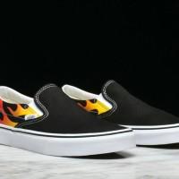 sepatu vans slipon tanpa tali cowok murah hitam Premium keren casual
