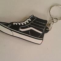 Gantungan Kunci Sepatu Vans Sk8 Hi Black White