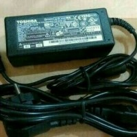 Adaptor Charger Laptop Toshiba Satellite L510 A200 L500 L505 L515 OEM