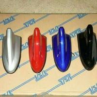 antena sirip hiu warna body mobil sigra