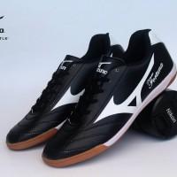 Sepatu Olahraga Futsal Mizuno Fortuna Hitam List Putih Import