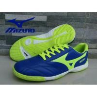 sepatu futsal mizuno biru list hijau stabilo