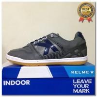 Produk 38 Sepatu Futsal Kelme Intense Dark Grey 55781-702 Original BNI