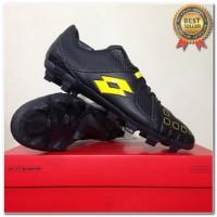 Produk 38 Sepatu Bola Lotto Squadra FG Jet Black Sunshine L01010010 Or