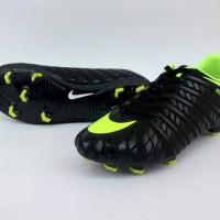 Sepatu Sepak Bola Nike Hypervenom Low Hitam List Hijau Import