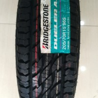 Bridgestone Dueler AT D697 205/70 R15 Ban Mobil Innova