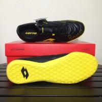 Promo Sale Sepatu Futsal Lotto Squadra IN Black Sunshine L01040010