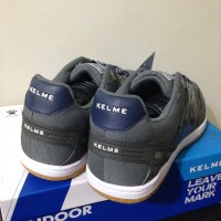 Sepatu Futsal Kelme Intense Dark Grey -