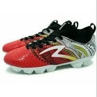Sepatu Bola Specs Heritage FG (Emperor Red/Gold/White Limited