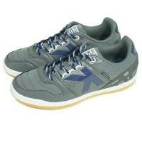 Sepatu Futsal Kelme Intense (Dark Grey) Berkualitas