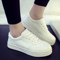 Sepatu Kets Wanita Putih Solid