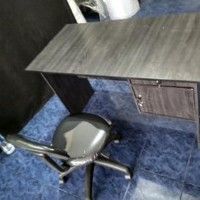 meja kantor 1 set dengan kursi pegas Diskon
