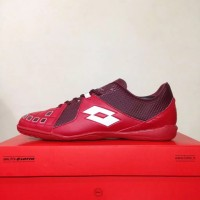 New Sepatu Futsal Lotto Squadra IN Dark Red White L01040011 Original