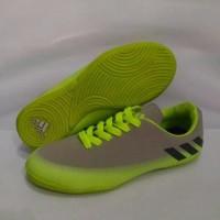 Sepatu futsal / putsal / footsal anak adidas messi abu abu hijau ukura