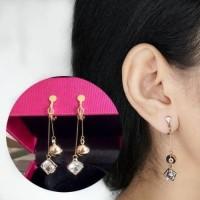 Anting Jepit Anting Klip Kotak Berlian Kecil Yang Sangat Indah 0330A7r