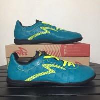 Sepatu Futsal Specs Quark IN Tosca Solar Slime 400758 Original BNIB