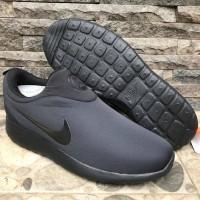 Sepatu Nike Rosherun Slip On Hitam Polos Sneakers Pria & Wanita