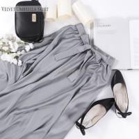 Rok Panjang Muslimah Murah Velvet Umbrella Skirt Warna Broken white