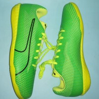 Sepatu Futsal Puma 365 Ignite CT (Green/Black/Toucan Yellow)