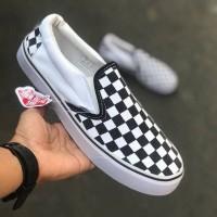 Sepatu Vans Slop Checkerboard Motif Catur Kotak Hitam putih Sneakers