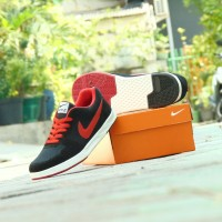 Sepatu Kets Casual Nike Waffle SJ Classic - Hitam Merah - Kuliah SJ02